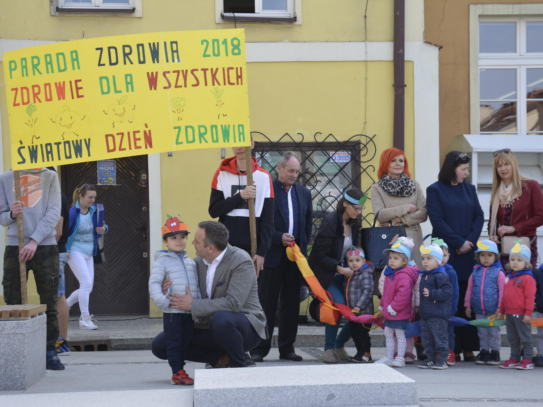 Ilustracja do informacji: Powiatowa Parada Zdrowia