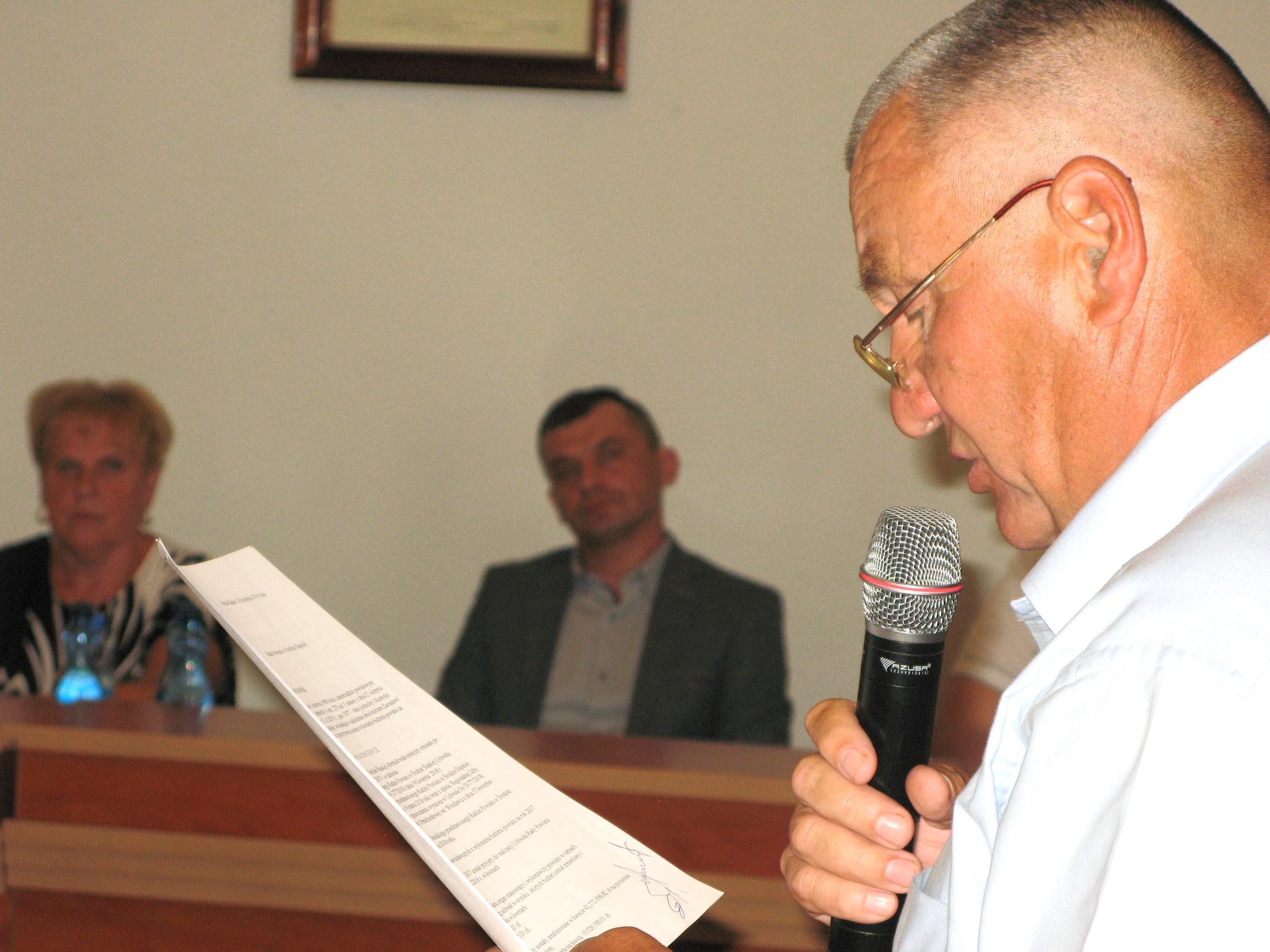 Ilustracja do informacji: Zarząd powiatu z absolutorium