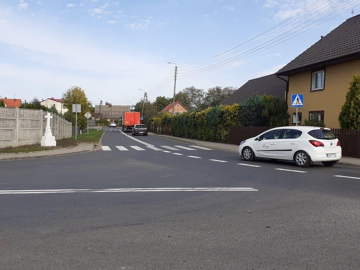 Ilustracja do informacji: Drogi powiatu coraz lepiej oznakowane