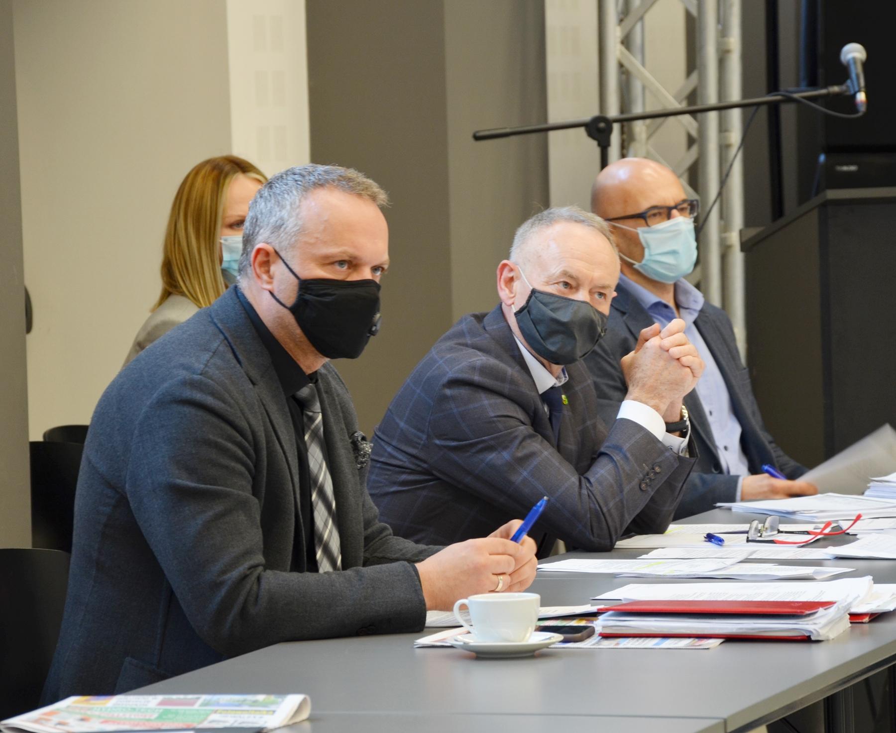 Ilustracja do informacji: Radni powołali Średzkie Centrum Zdrowia